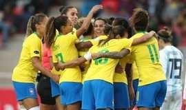 Antes tarde do que nunca: Copa feminina passará em TV aberta