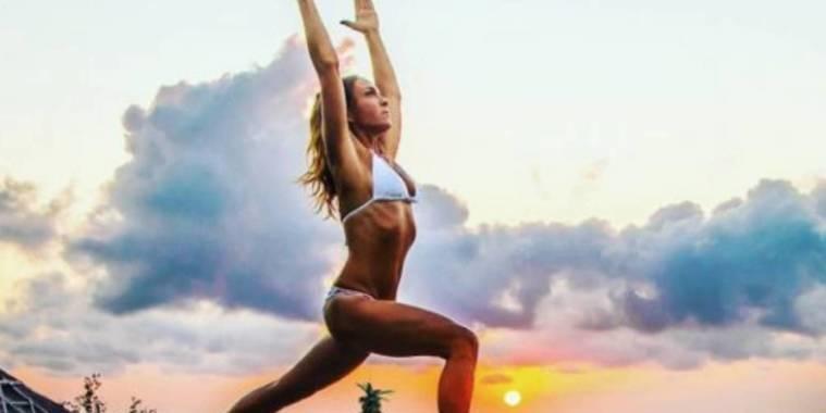 """Kung fu vaginal"" faz mulher segurar abacaxi pela vagina"
