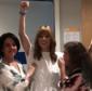 Ana Furtado comemora última sessão de radioterapia:'A cura é minha'