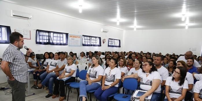 Oeiras debate mudanças na Educação pela Base Nacional Curricular