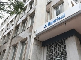 Banco abre concurso com 200 vagas para escriturário