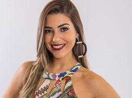 Ex-BBB Vivian Amorim afirma que tamanho é documento