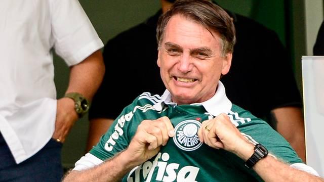 Bolsonaro assiste de camarote ao Palmeiras x Vitória (Crédito: Renato Pizzutto/BP Filmes)
