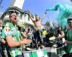 Despedidado Palmeiras terá taça, festa e presença de Bolsonaro