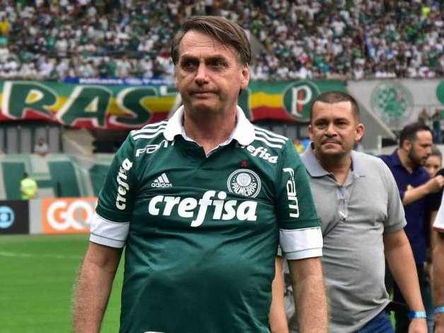 Conheça quem são os atletas que Bolsonaro segue no Twitter
