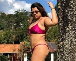 """Preta Gil faz desabafo sobre padrões de beleza: """"me libertei"""""""
