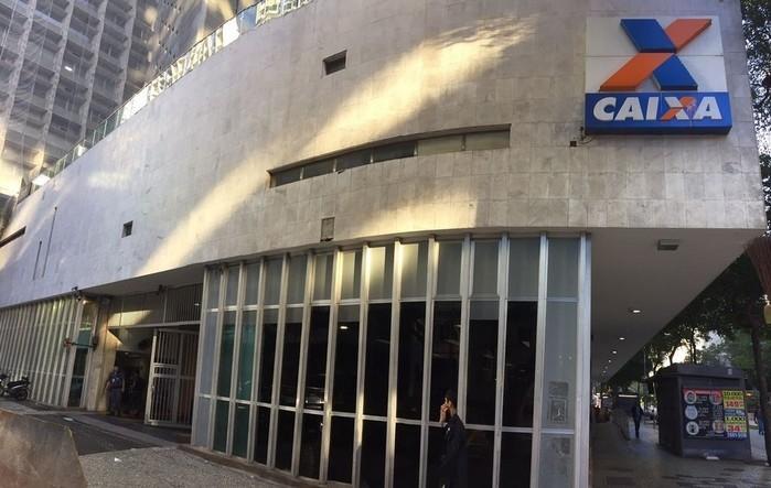 Fachada da Caixa Econômica Federal, no Centro do Rio (Crédito: Henrique Coelho/ G1)
