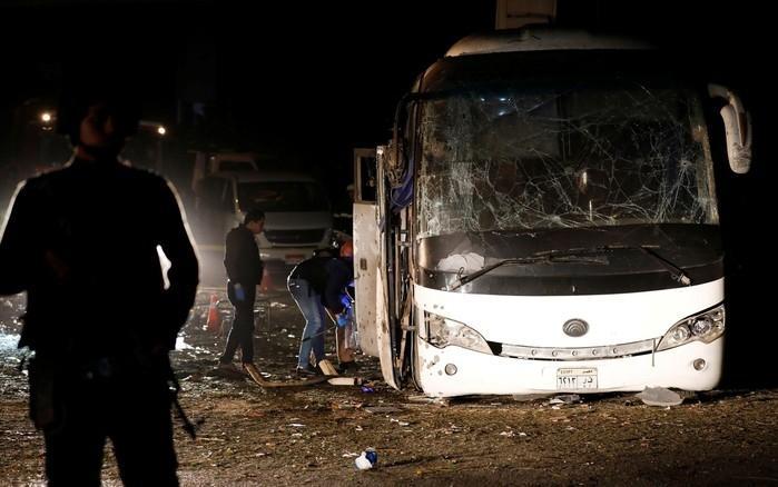 Ônibus foi atingido por bomba no Egito  (Crédito:  Reuters/Amr Abdallah Dalsh )