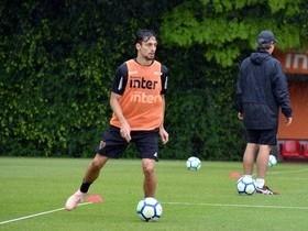 Flamengo poderá fechar com o zagueiro Rodrigo Caio