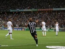 Samuel tem despertado o interesse de Internacional e Botafogo
