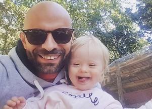 Conheça a história do gay que adotou bebê rejeitada por 20 famílias