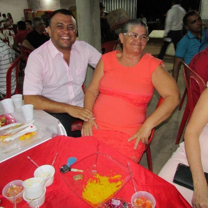 Vereador Carlos Cezar e sua mãe professora Maria Lúcia