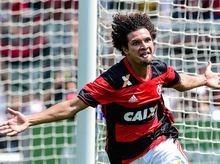 São Paulo abre conversas para contratar Willian Arão, do Flamengo