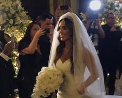 Nicole Bahls e modelo Marcelo Bimbi se casam no Rio de Janeiro