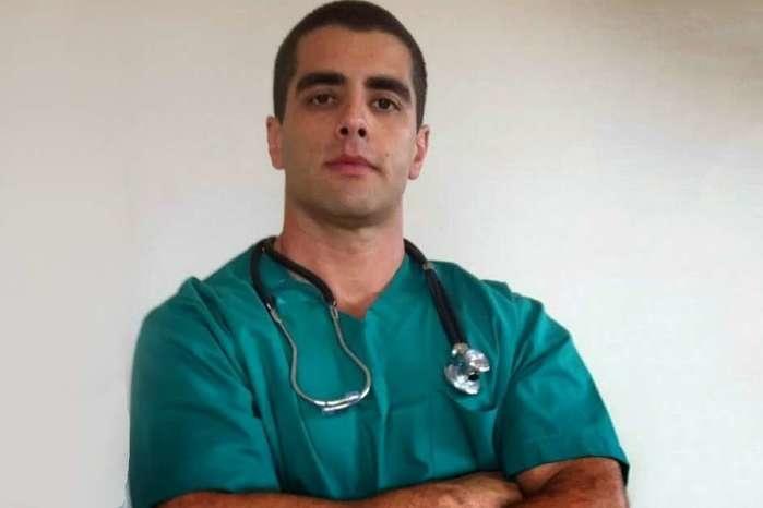 Denis Furtado é conhecido como 'Doutor Bumbum' (Crédito: Reprodução/Facebook / Estadão Conteúdo)