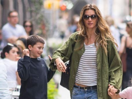 """Gisele Bündchen posta foto com filho e fãs elogiam: """"A cara do pai"""""""