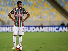 Crise financeira pode facilitar saída de Sornoza do Fluminense