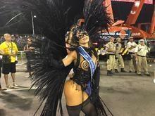 Confira o 2° dia de desfiles das escolas de sambas, no RJ