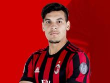Após 19 anos, Milan rompe com a Adidas e acerta com a Puma