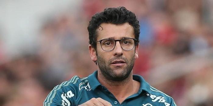 Alberto Valentim é o novo técnico do Botafogo
