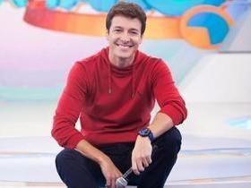 Rodrigo Faro renova com Record e tem o 5º maior salário da TV