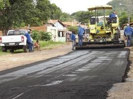 Bairro Cruzeiro é beneficiado com obra de asfaltamento de Rua