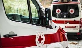 Homem liga fingindo AVC para ter carona em ambulância de emergência