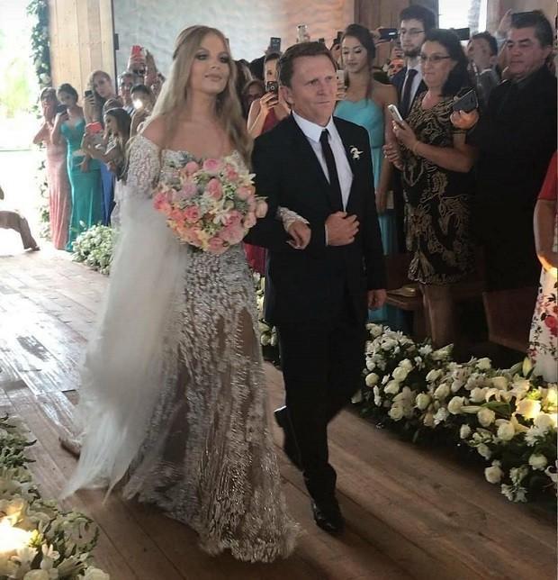 Casamento de Luísa Sonza, de 19 anos e Whindersson Nunes