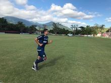 Ederson se reapresenta no Flamengo após se recuperar de cancêr