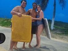 Barraqueiro salva casal de turistas de afogamento em praia de Natal