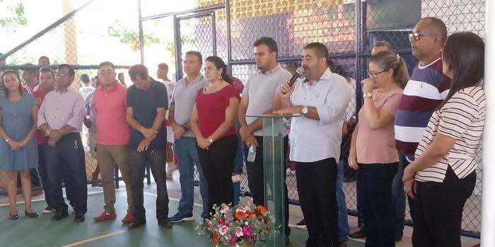 Antonio Neto realiza várias inaugurações em Lagoa do Piauí