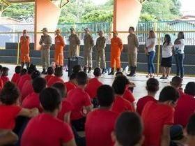 Escola Militar em Timon transforma vida de comunidade .Veja.