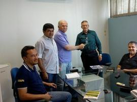 Secretário entrega projeto da Unidade de Processamento de Pescado
