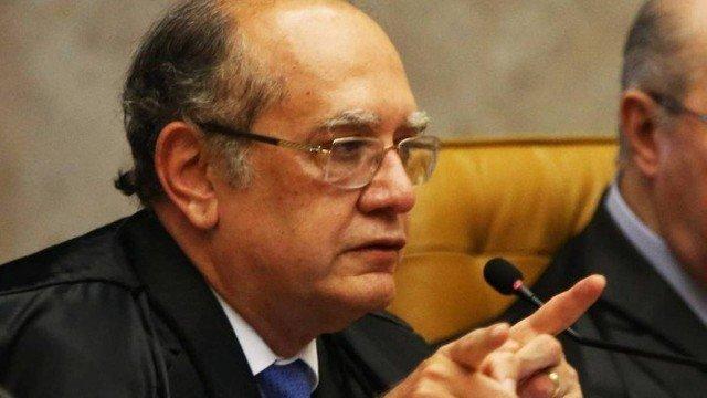 Gilmar Mendes e Barroso discutem após anúncio do julgamento de Lula