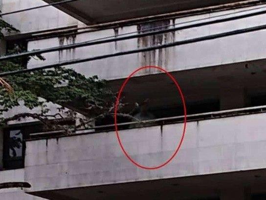 Mulher diz na web ter visto fantasma de Pablo Escobar em edifício