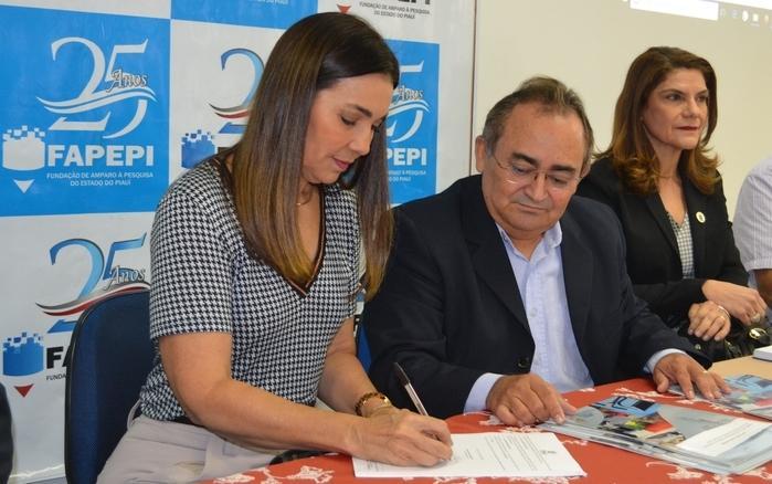 Vice-governadora do estado, Margarete Coelho participa de solenidade