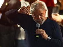 Lula ameaça processar a Netflix pela série