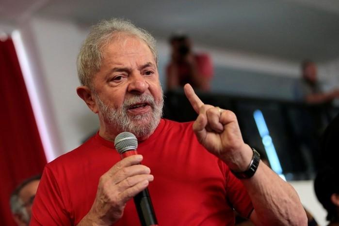 Lula discursa no sindicato dos Metalúrgicos de São Bernardo sobre julgamento do triplex do Guarujá  (Crédito: Leonardo Benassatto/Reuters)