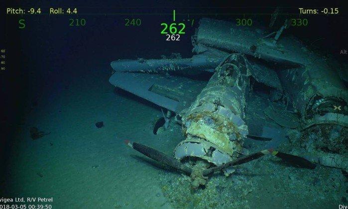 Porta-aviões encontrados no fundo do mar