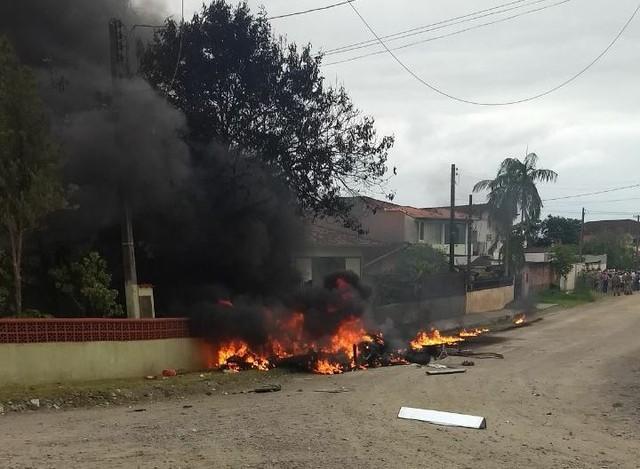 Helicóptero do Beto Carreiro é sequestrado e cai em Santa Catarina