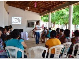 Encontro com mulheres nas comunidades de Inhuma
