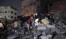 Hotel desmorona na Índia e deixa 10 mortos e 3 feridos