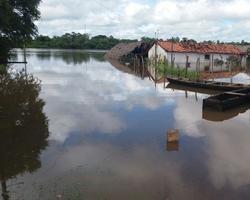 Nível do Rio Longá volta a subir e famílias estão desabrigadas