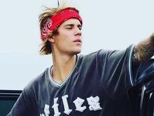 Justin Bieber dá soco em homem que agredia ex-namorada em festa