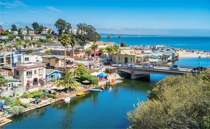 Santa Cruz, na Califórnia, onde Hastings mora
