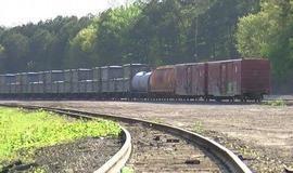 Trem com 4,5 toneladas de fezes humanas é removido dos EUA