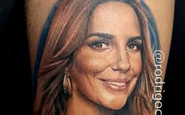 Fã gasta 3 meses de salário para tatuar rosto de Ivete no corpo
