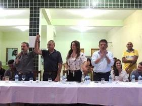 Ex-prefeito Evangelista Resende consegue mais asfalto para a cidade