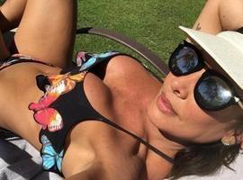Aos 44 anos, Scheila Carvalho diz que é difícil manter a boa forma