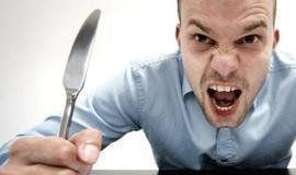 Saiba de onde vem a fome monstruosa após fumar maconha